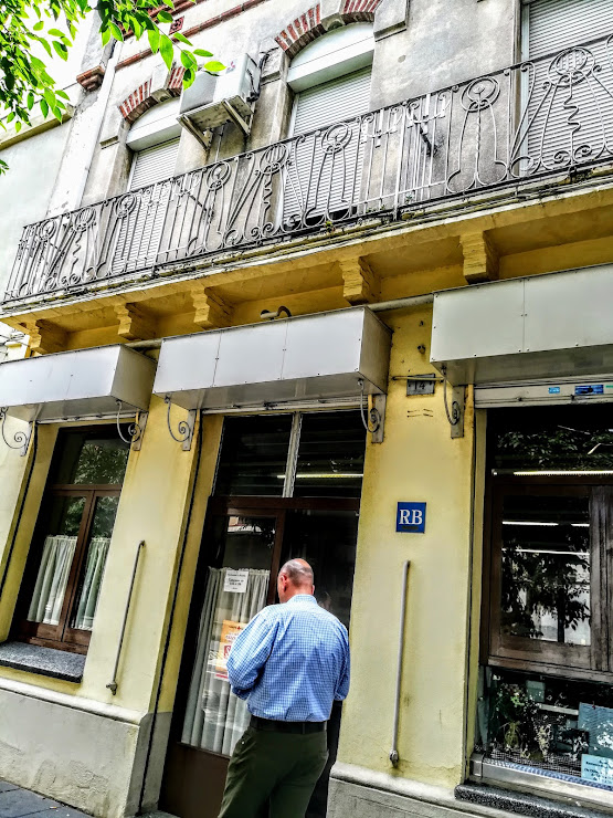 Restaurant la Rambla Avinguda de Josep Anselm Clavé, 14, 08820 El Prat de Llobregat, Barcelona