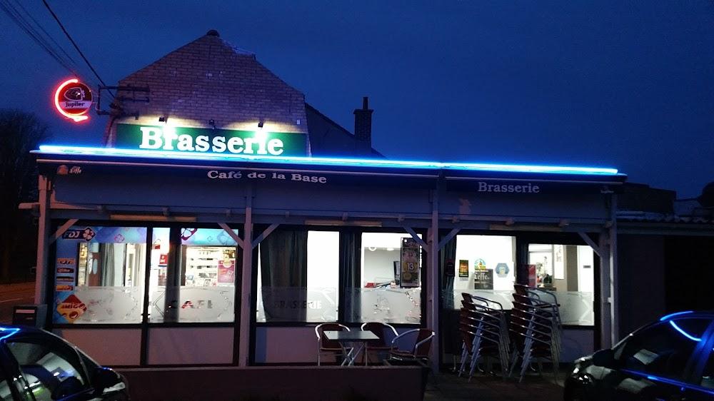 photo du resaurant Café de la Base