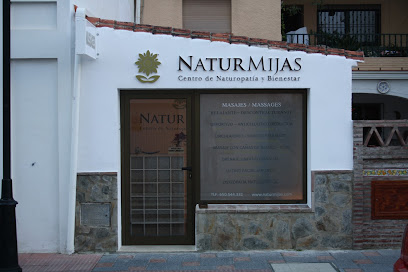 imagen de masajista NaturMijas