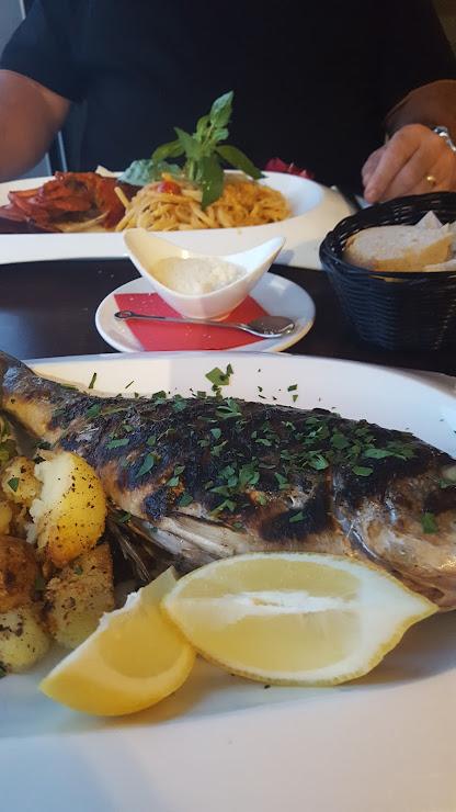 IL Brigantino Restaurante Passeig Marítim, Passeig de Camprodon i Arrieta, 21, 17310 Lloret de Mar, Girona