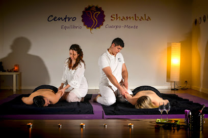 imagen de masajista Centro Shambala ®