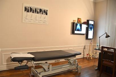 FAŸ BRUNO : CHIROPRACTOR Meilleur CHIROPRACTEUR à PARIS : Bruno Faÿ est chiropracteur et vous reçoit dans son cabinet à Paris 17. Découvrez la chiropraxie, ses bienfaits et prenez rendez-vous en ligne en quelques clics.