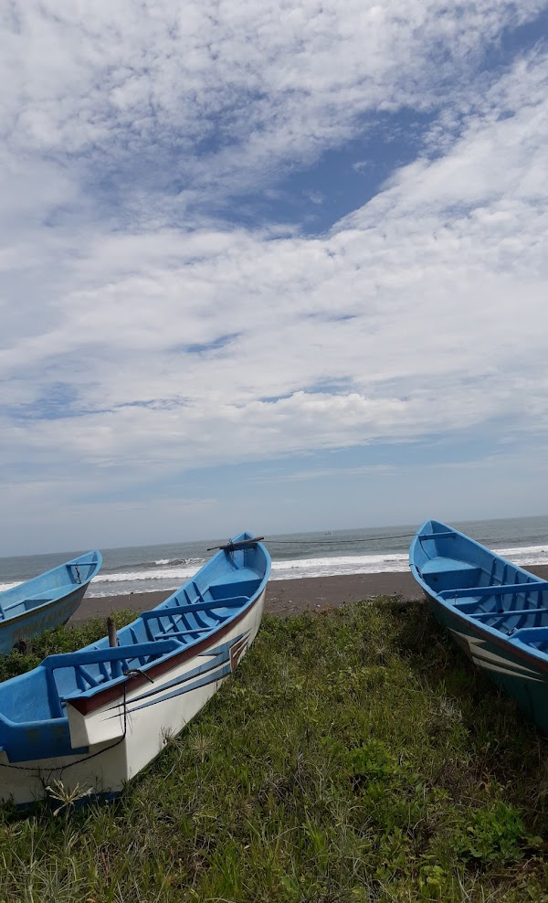 Pantai Roro Inten Pagak Ngombol
