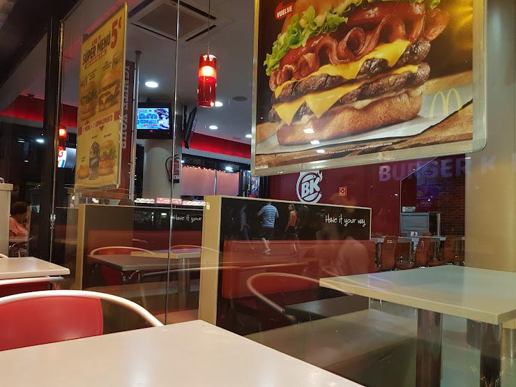 Burger King Ponent Lloret del Mar Av. Just Marlés Vilarrodona, 53, 17310 Lloret de Mar, Girona