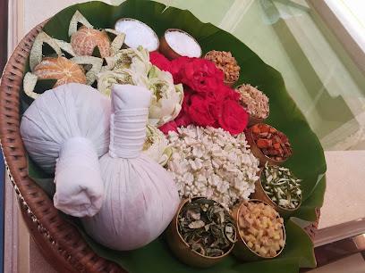 imagen de masajista Thai Masaje Benidorm EU