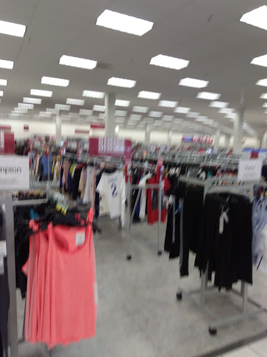 Clothing Store «Burlington Coat Factory», reviews and photos, 6120 Northwest Hwy, Crystal Lake, IL 60014, USA