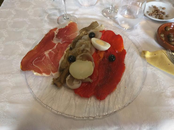 Restaurant Can Pluja Carretera Beget, S/N, 17867 Rocabruna, Girona