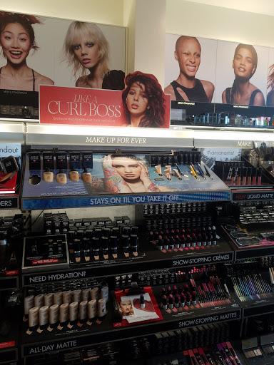 Cosmetics Store «SEPHORA», reviews and photos, 225 Summit Blvd #1100, Vestavia Hills, AL 35243, USA