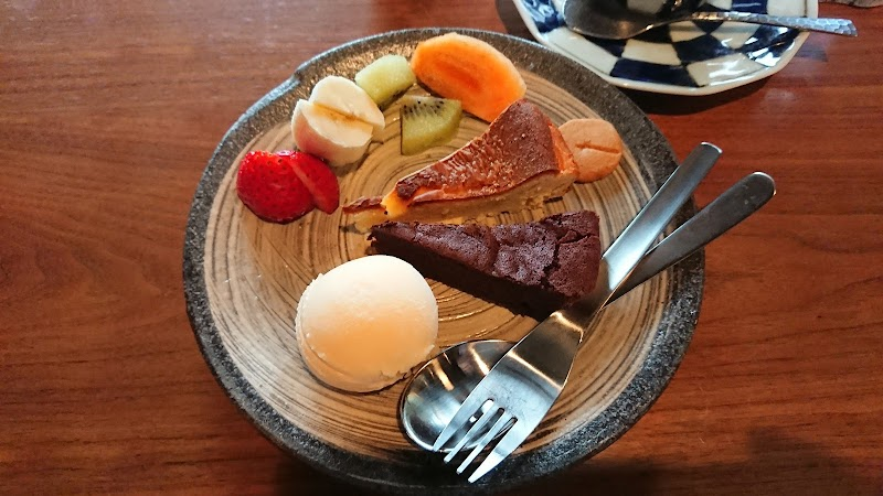 自然焙煎珈琲豆屋 TOMOMO COFFEE