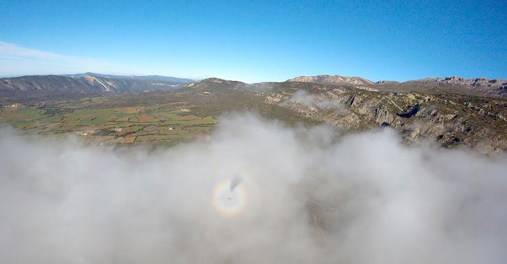 Alsnuvols, Escola de parapent Carrer de la Font, 5, 25691 Àger, Lleida