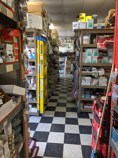 Beverly Pipe & Supply in Los Angeles, California