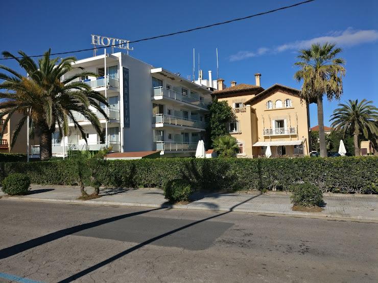 Hotel Subur Maritim Passeig Marítim, s/n, 08870 Sitges, Barcelona