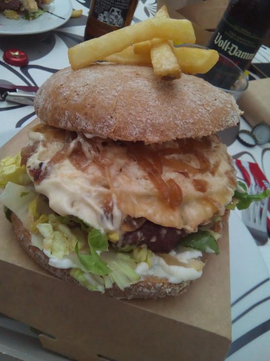 Charro Premium Burgers carrer alacant 4, hospitalet de llobregat, 08905 Hospitalet de Llobregat, Barcelona