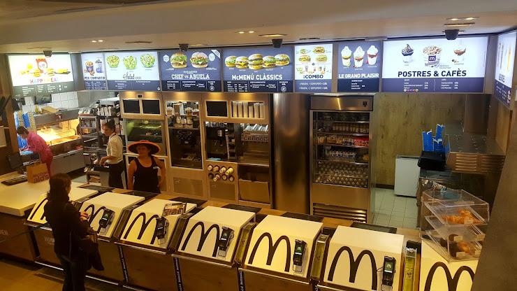 McDonald's Olímpico, Local Comercial 20 Sector Muelle de Ribera Puerto, 08005 Barcelona