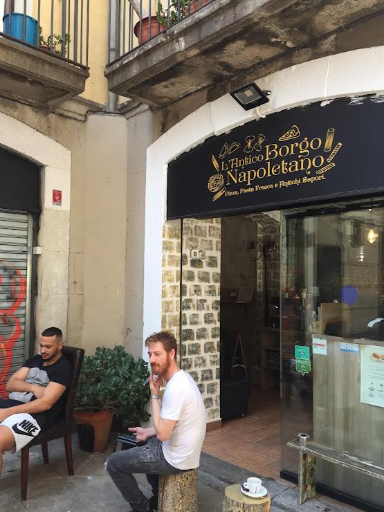 L'Antico Borgo Napoletano Carrer d'Escudellers Blancs, 14, 08002 Barcelona