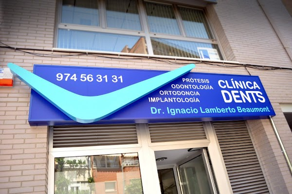 Clínica Dental Dents Fraga