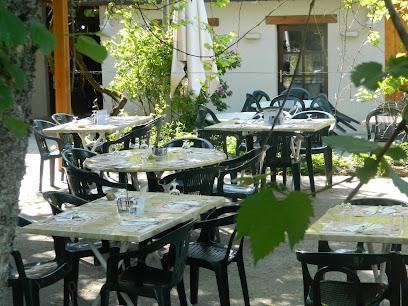 photo du restaurant restaurant Le Pic Vert