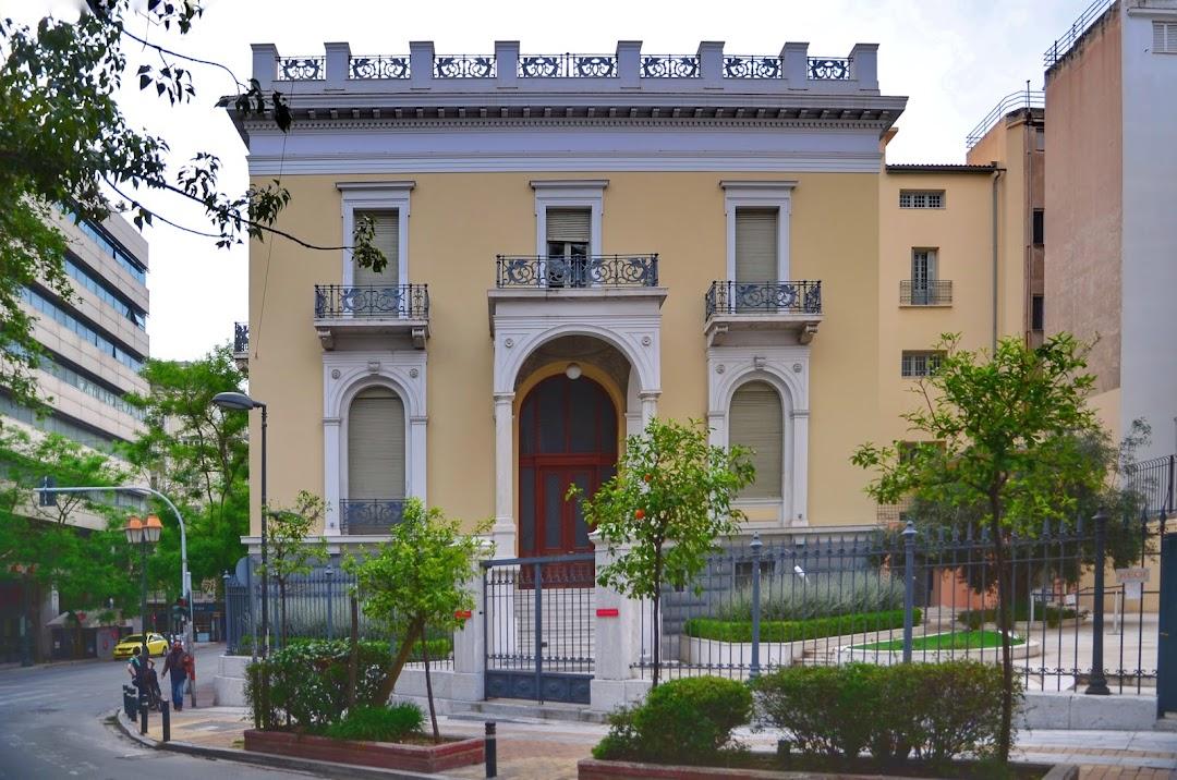 Allouche Βenias Gallery