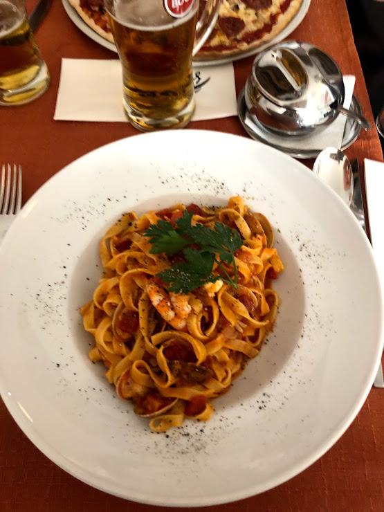Restaurante Giovanni R. 25 de Abril 83, 8600-763 Lagos, Portugal