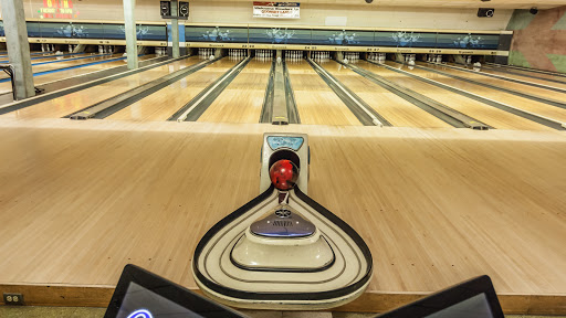 Bowling Alley «Quonset Lanes», reviews and photos, 2004 N Truman Blvd, Crystal City, MO 63019, USA