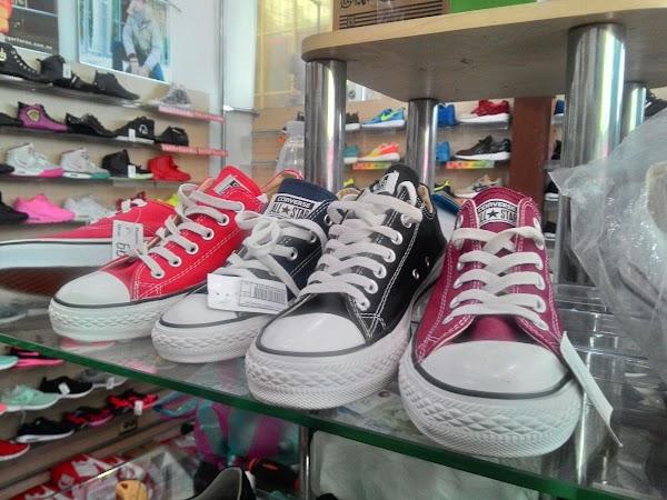 Магазин спортивной одежды «SportikAM - Спортивная одежда и обувь» в городе  Харьков, фотографии 909cce16be6
