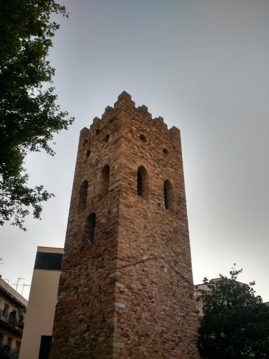 Lará Restaurante Carrer Bernat Metge, 2, 17490 Llançà, Girona
