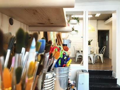 Art school Create Art Studio and Workshop