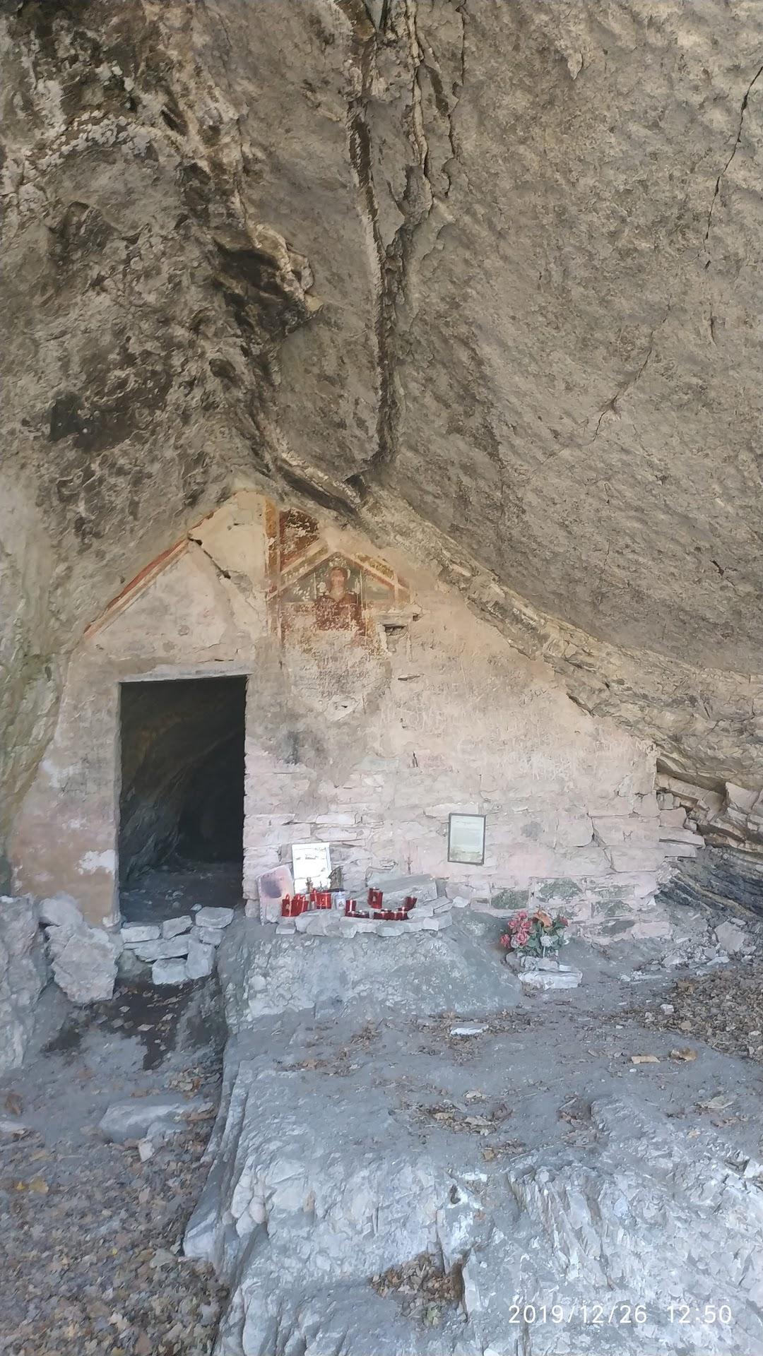 Eremo grotta Santa Lucia