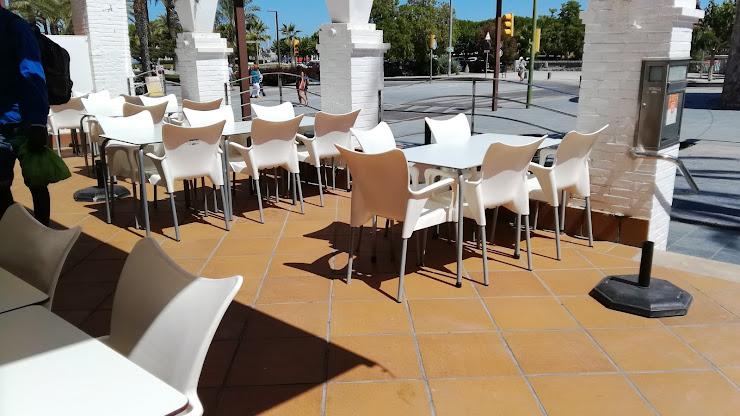La Llotja Marisqueria 1, Passeig de Ribes Roges, 08800 Villanueva y Geltrú, Barcelona