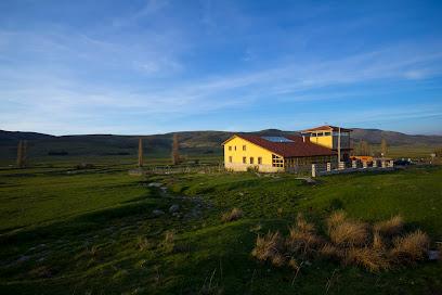 Fuente Alberche Centro Rural Granja Escuela