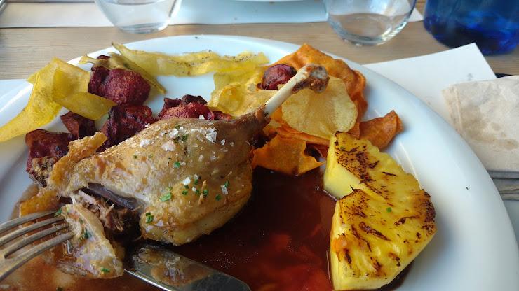 Delta Restaurant Parc del Riu, 3, 08820 El Prat de Llobregat, Barcelona