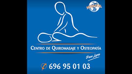 imagen de masajista Centro de Quiromasaje y osteopatia MASVITAL