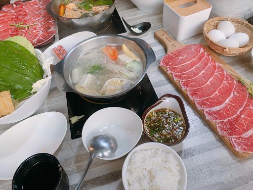 吃火鍋 in 冬山
