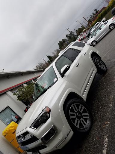 Toyota Dealer «Magic Toyota», reviews and photos, 21300 WA-99, Edmonds, WA 98026, USA
