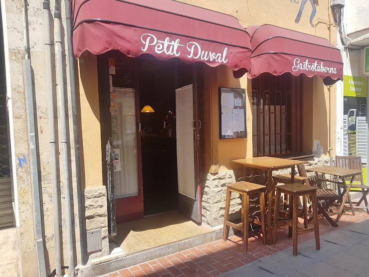 Petit Duval, Gastrotaberna Carrer de Montserrat, 32, 43820 Calafell, Tarragona