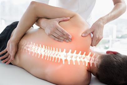 imagen de masajista Clínica Osteopática Granollers