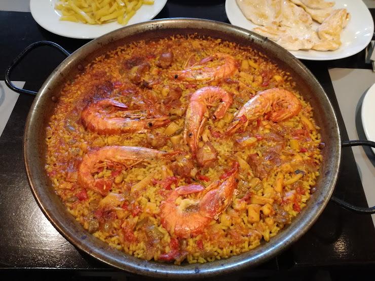 Restaurant Catalunya i Aragó Carrer de la Carretera de la Bunyola, 46, 08820 Prat de Llobregat (El), Barcelona