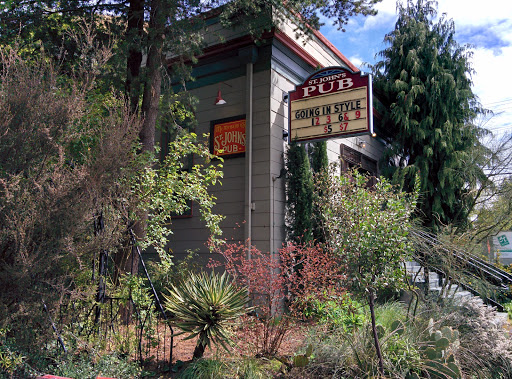 Movie Theater «McMenamins St. Johns Theater & Pub», reviews and photos, 8203 N Ivanhoe St, Portland, OR 97203, USA