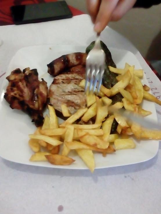 Restaurant La Pujada Carrer Aragó, 16, 17003 Girona