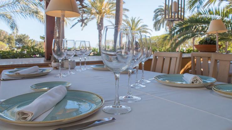 Restaurant Ceferino Passeig de Ribes Roges, 3, 08800 Vilanova i la Geltrú, Barcelona