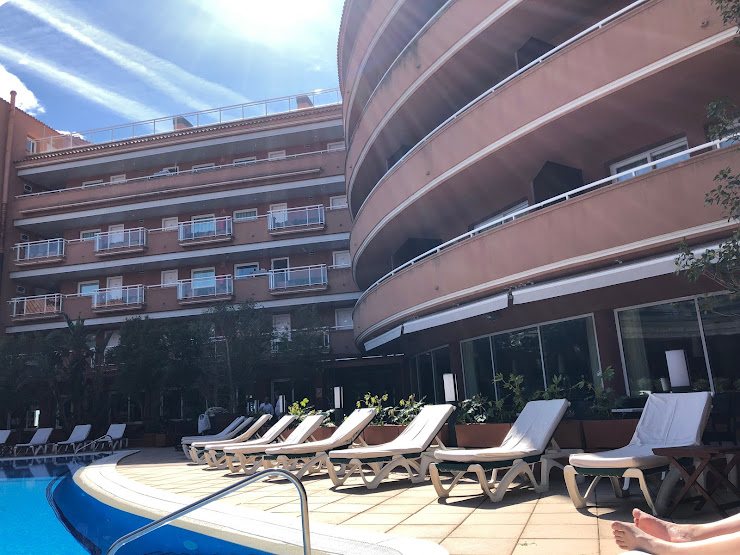 Al Capone Passeig Marítim, 92 - 94, 08870 Sitges, Barcelona