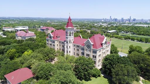 St. Edward's University-img