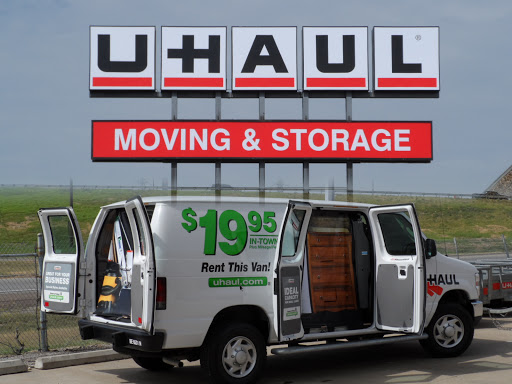 Truck Rental Agency «U-Haul Moving & Storage at W W White», reviews and photos