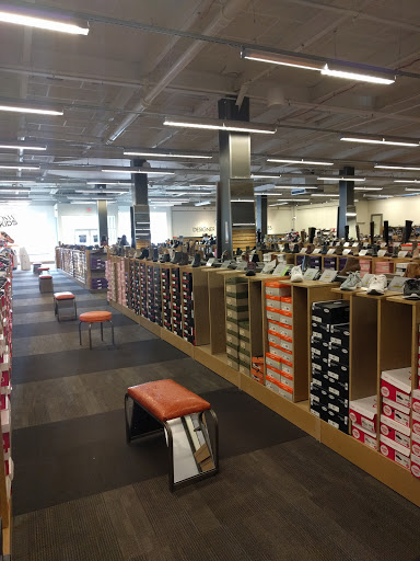 Store «DSW Designer Shoe Warehouse», reviews and photos, 425 Jericho on brand men's warehouse, appliance parts warehouse, designer shoes for dogs, designer clothes warehouse, designer shoes at zappos, beer warehouse, costco wholesale warehouse, designer fashion warehouse,