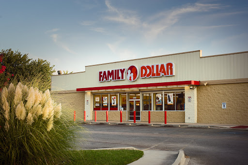 Dollar Store «FAMILY DOLLAR», reviews and photos, 15813 N Cave Creek Rd, Phoenix, AZ 85032, USA