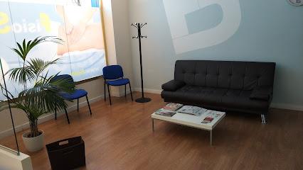 imagen de masajista FisioSalud Ávila - Fisioterapia y Osteopatía