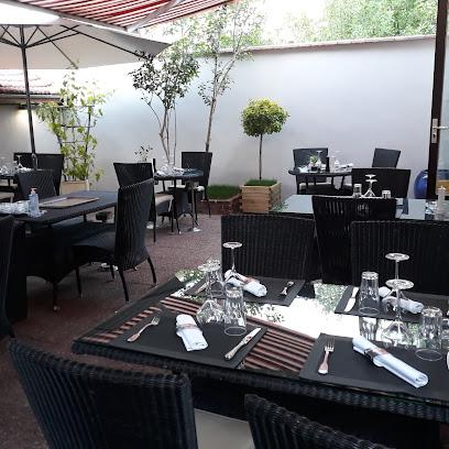 photo du restaurant La Petite Marmite