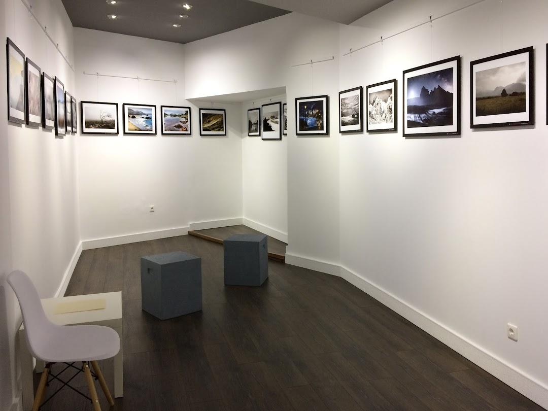 Blank Wall Gallery