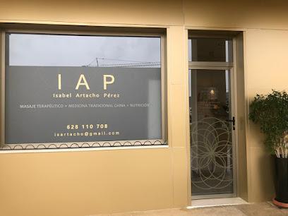 imagen de masajista IAP Isabel Artacho