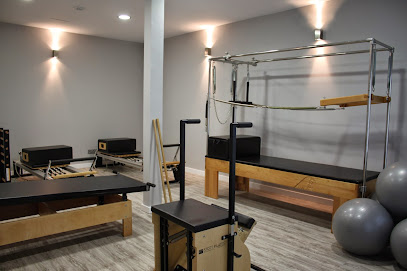 imagen de masajista Fisioinnova physiotherapy Pinto